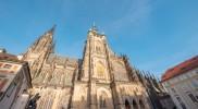 聖ヴィート大聖堂の聖堂側外観