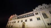 暗闇に浮かび上がるリトミシュル城