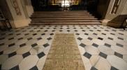 聖ヴァーツラフ大聖堂、床のタイルもステキ