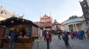 イジー広場と聖イジー教会。クリスマスマーケットが開かれていた