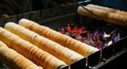 チェコの伝統菓子トゥルドゥロ